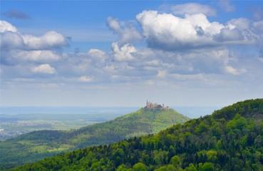 Blick auf Hohenzollern im Frühjahr