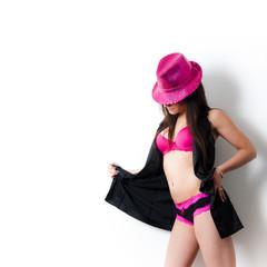 mode sexy avec chapeau