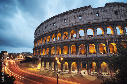 Foto op Plexiglas Artistiek mon. Coliseum at night. Rome - Italy
