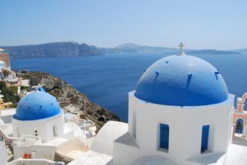 Iglesias en Oia. Santorini. Grecia.