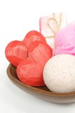 bath set with two hearts