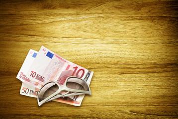 sunglasses euros desk