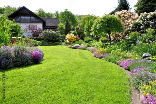 Deurstickers Tuin Garten im Sonnenschein