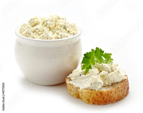 bread with fresh cream cheese