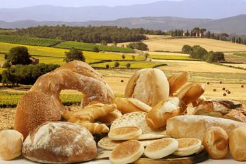 Pane e paesaggio di campagna