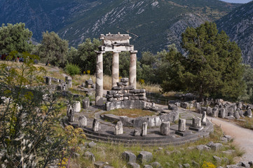 Temple of Athena (looking down) at Delfi, Greece