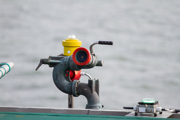 Offshore fire hydrant