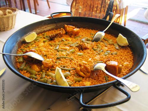 Valencian paella - 41801300