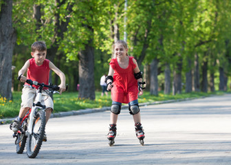 Cyclist and rollerblader