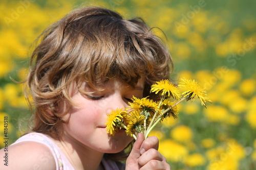 Mädchen - Blumenwiese © Uwe Pierschel