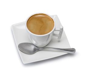 Café en una taza de diseño aislado en fondo blanco.