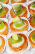 Tasty little tarts with kiwi fruit