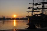 Fototapety coucher de soleil sur le vieux port de marseille 7