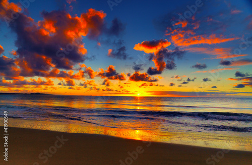 Fototapety, obrazy : Beautiful tropical sunset on the beach