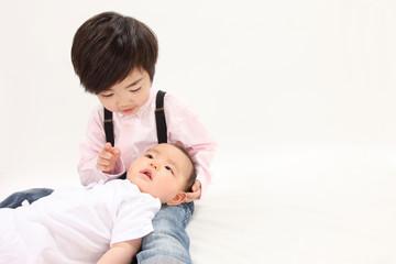 幼児と乳児