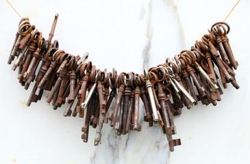 Viele alte Schlüssel