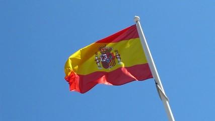 Drapeau espagnol dans le vent