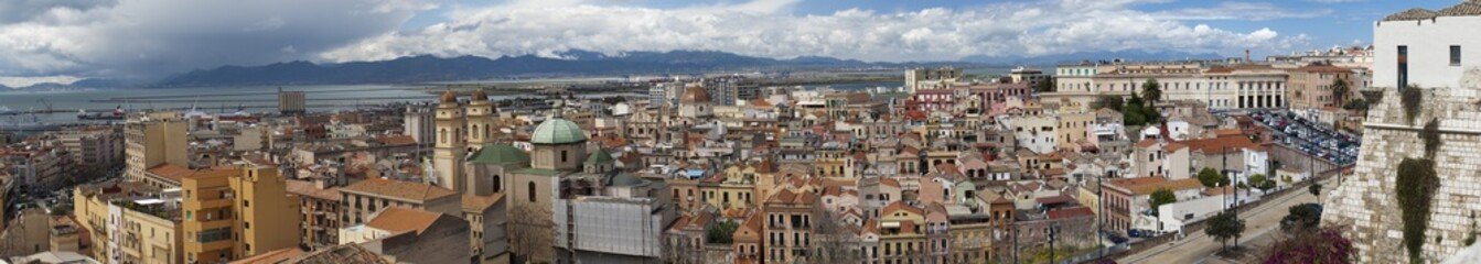 200º Panoramica de Cagliari (Cerdeña,Italia)