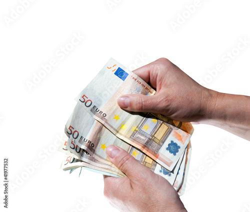 geldscheine in der hand zählen 50 euro