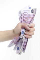 Geldscheine in der Hand drücken