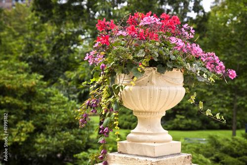 Pedestal Garden Planters