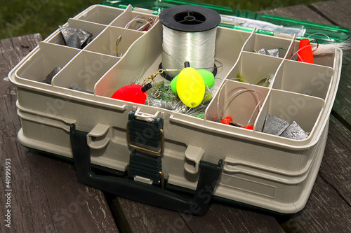 Sideview Tackle Box