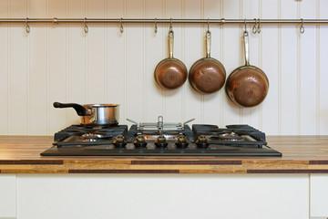 plaque de cuisson d'une cuisine traditionnelle  # 23