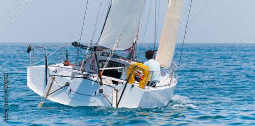 skipper at solo race