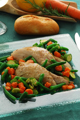 Chicken with vegetables Pollo alle verdure 与蔬菜鸡