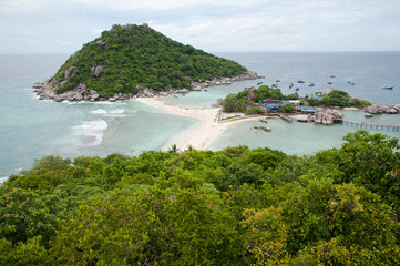 Beautiful tropical paradise in Thailand : Nang Yuan Island