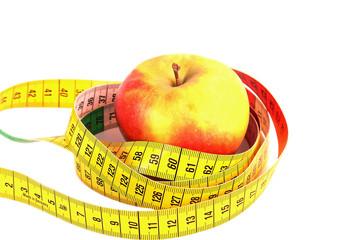 Diät. Apfel mit Maßband
