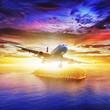 Odrzutowiec na tropikalnej wyspie w czasie zachodu s�o�ca. Plac compositio