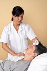 Kranken Pfleger und Patientin