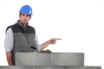 Bricklayer pointing