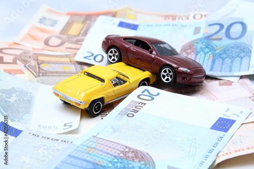 Incidente auto e riparazione