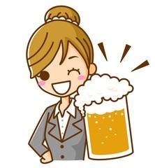 ビールで乾杯 ビジネスウーマン