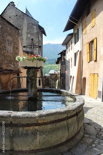 Fontaine médiéviale de conflans - 42225700