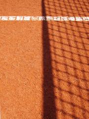 Tennisplatz mit Linie und Netz Schatten 39
