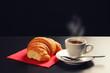 caffè e brioches isolato