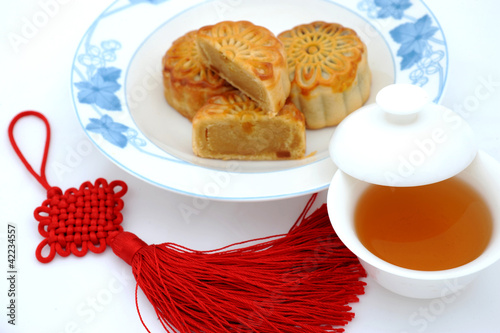 Foods for Chinese mid-autumn festival