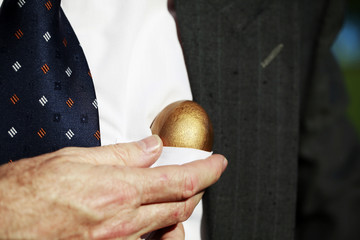 Top Pocket Golden Egg
