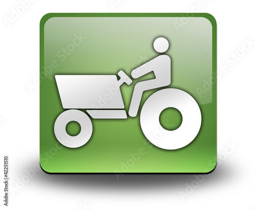 """Green 3D Effect Icon """"Tractor"""""""