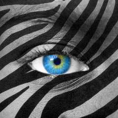 Blue eye with zebra texture
