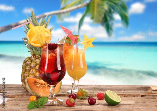 Fototapeta Cocktails on the beach