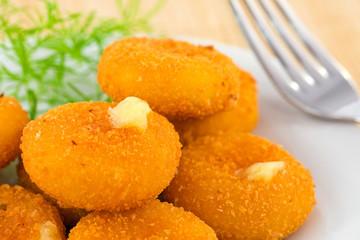 mozzarella in carrozza- fritto2