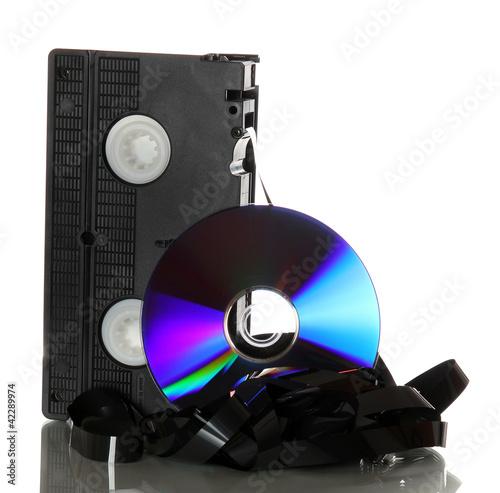 uszkodzona taśma magnetofonowa z dvd