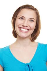 Frau grinst