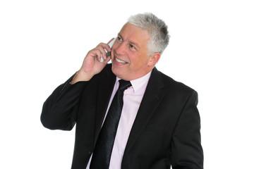 geschäftsmann führt fröhliches telefonat