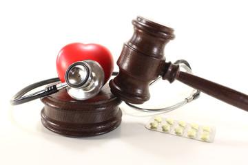 Medizinrecht mit Stethoskop