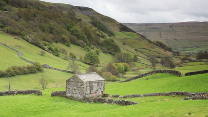 A stone barn in Swaledale which is in the Yorkshire Dales